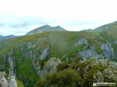 Ruta Cares-Picos de Europa; las machotas frente de batalla cabo tiñoso cartagena presa de picadas